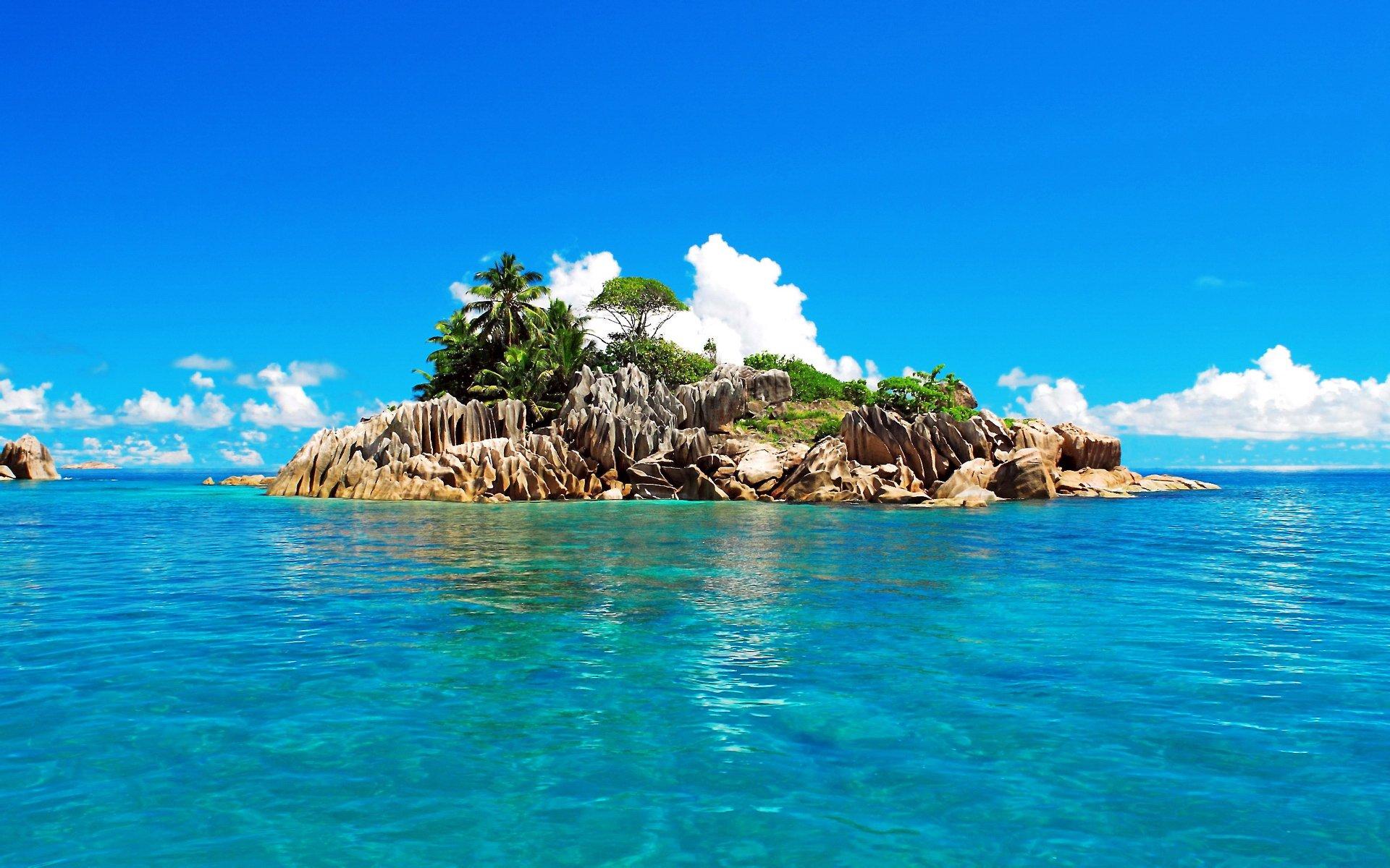 海边的椰子树唯美高清风景桌面壁纸 风景壁纸 壁纸
