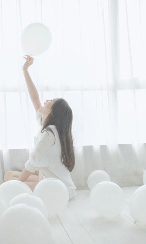 白衬衫美女动态壁纸 1.